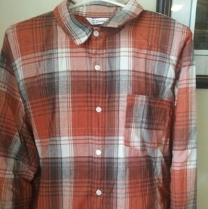 Mens buttoned casual shirt